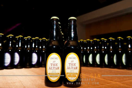 Personalized wedding beer labels on bottles.